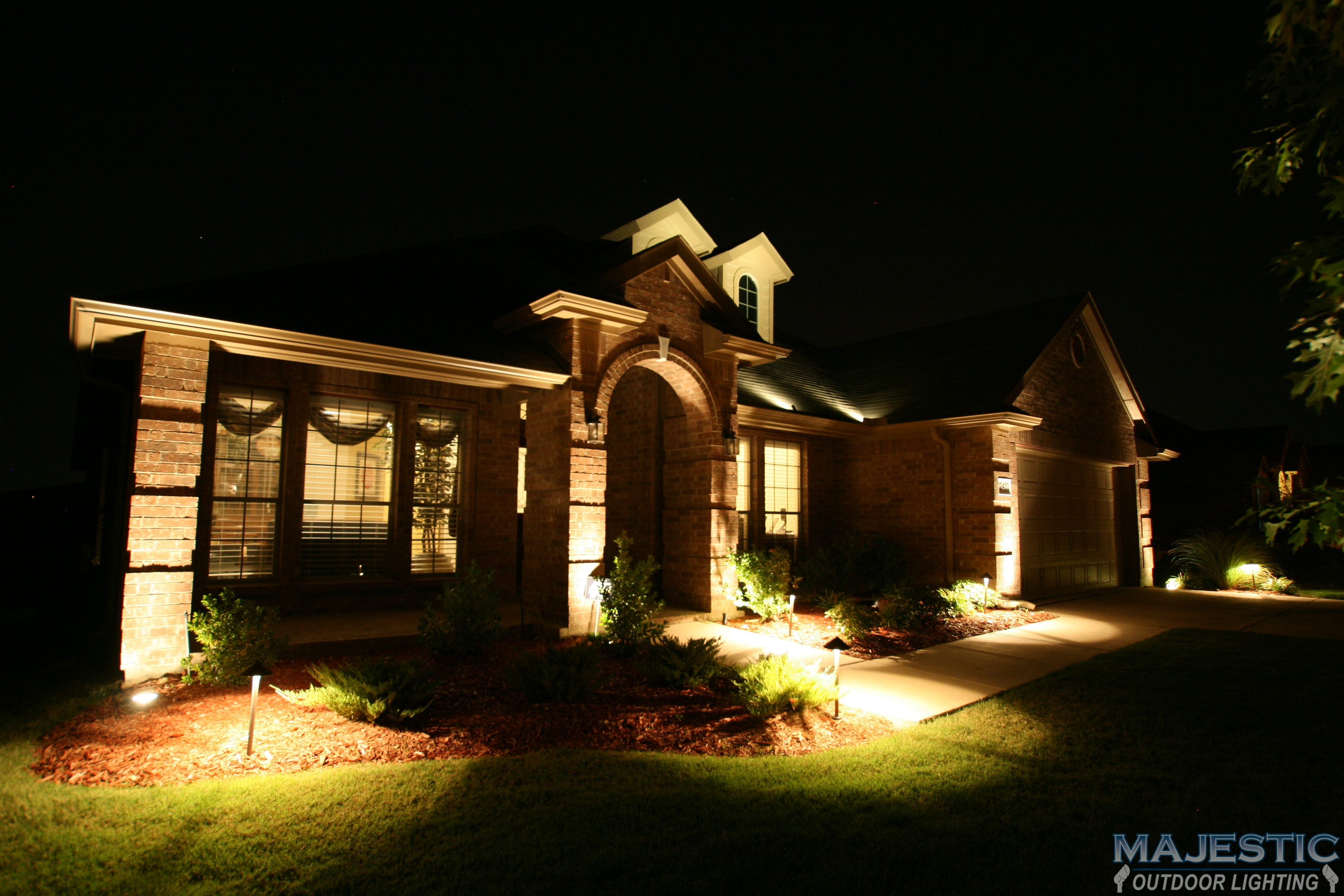 Home Exterior Lighting Gallery