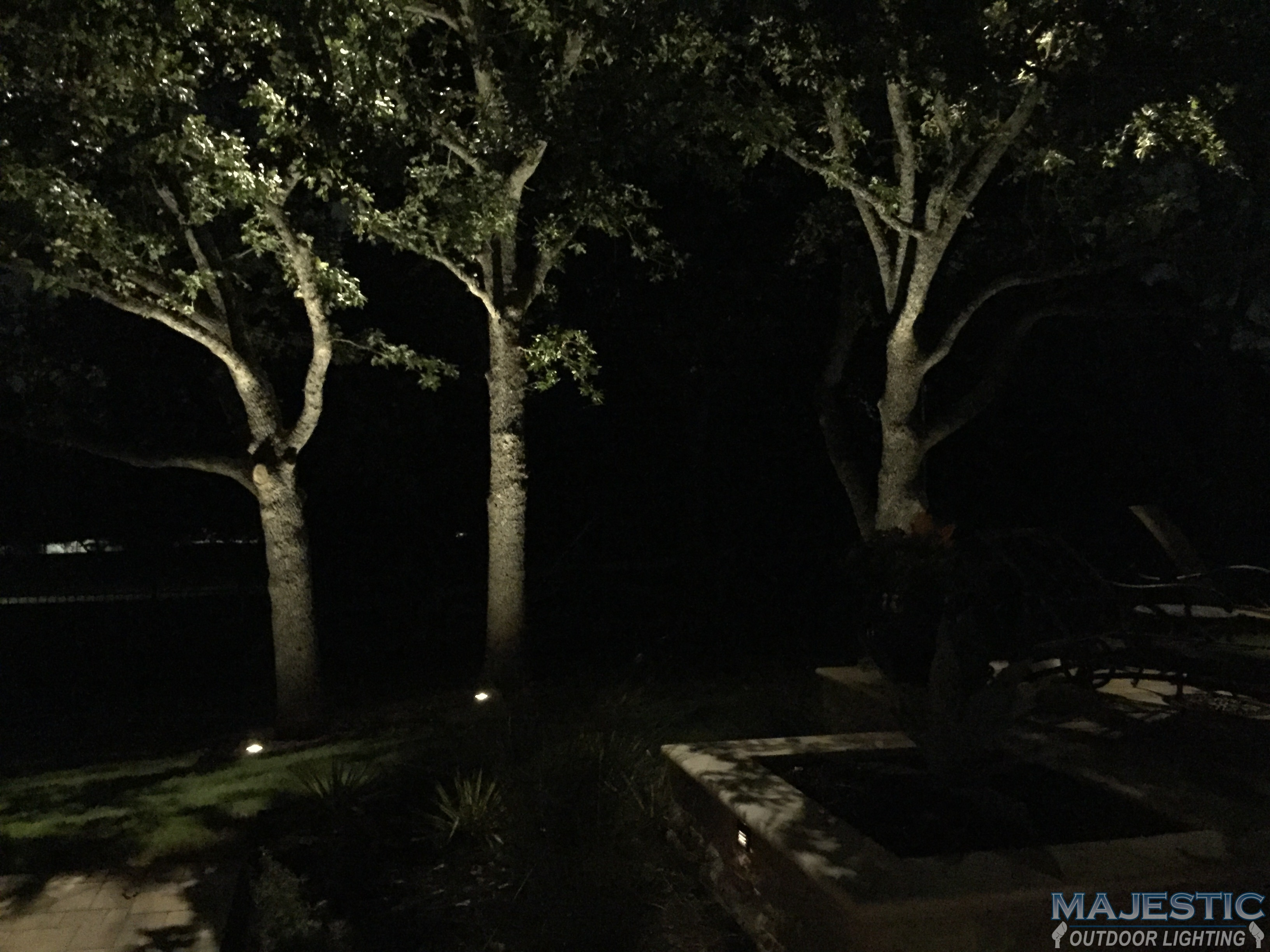 Moonlighting landscape lighting systems oak tree lighting landscape moonlighting landscape lighting modifies a mozeypictures Images
