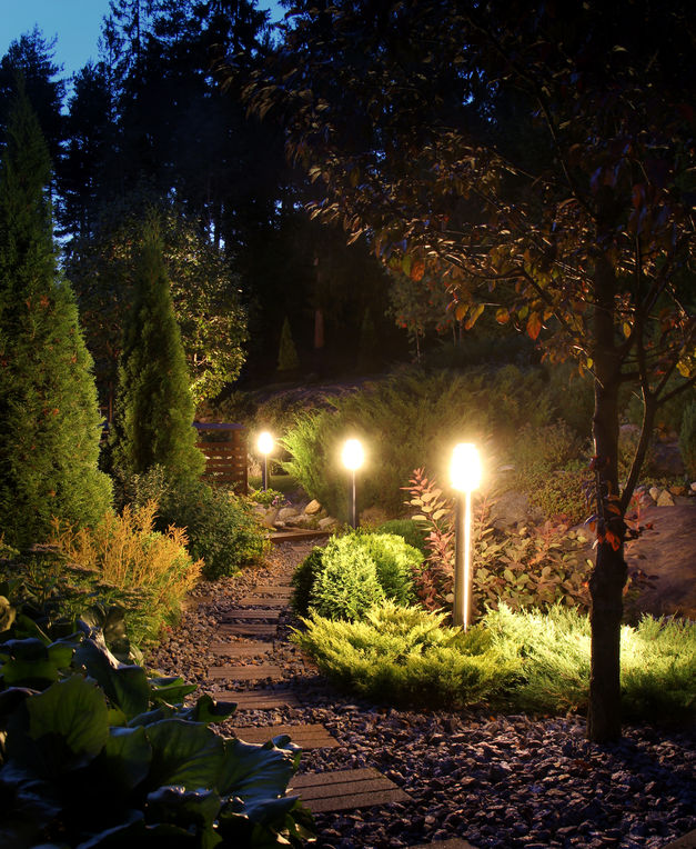 outdoor landscape lighting repair
